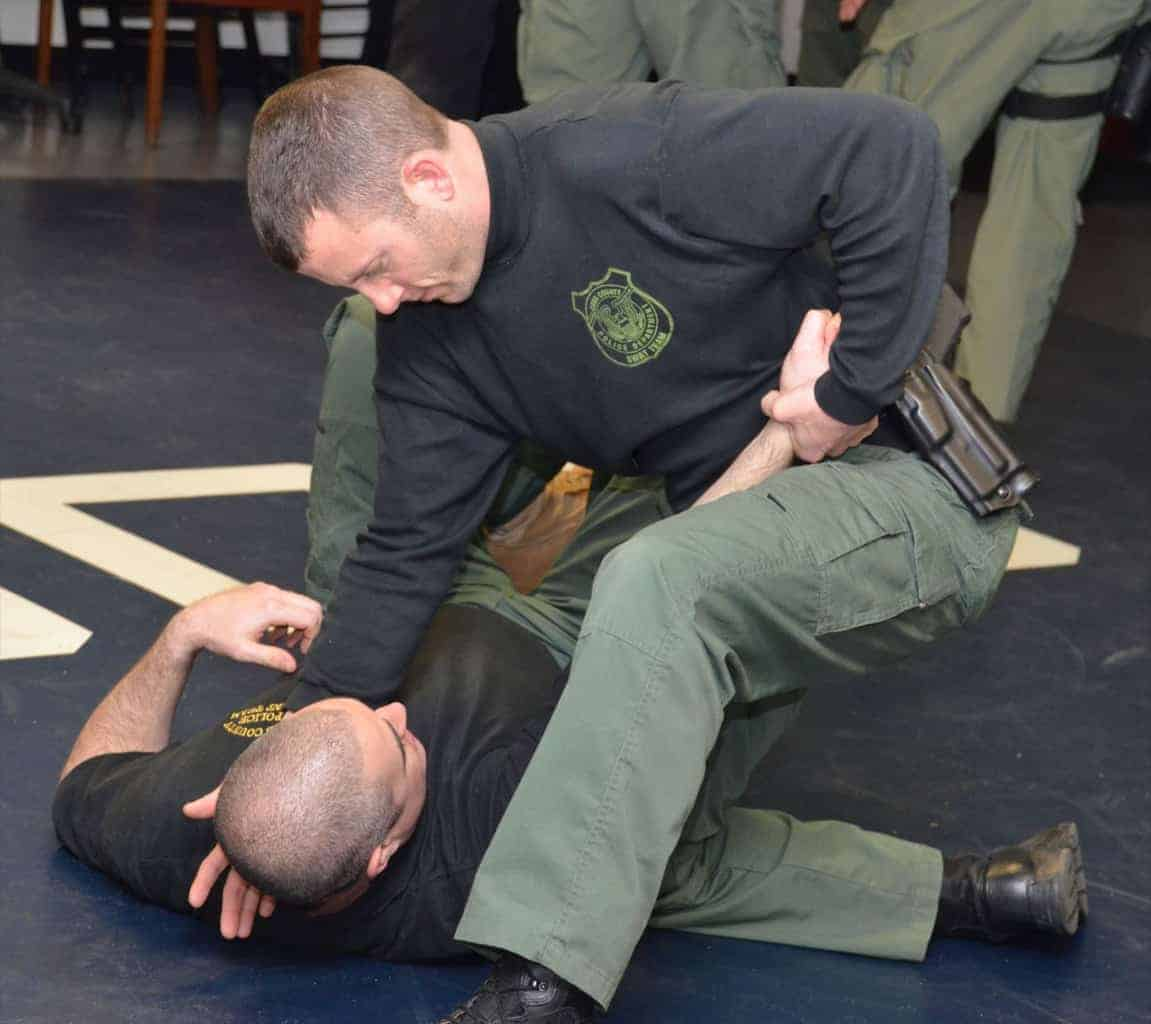 patrol-ground-fighting-counter-grappling-2