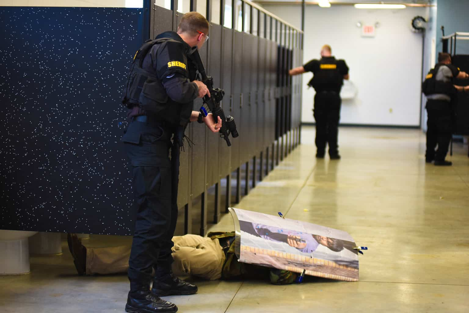 swat-response-to-a-public-venue-12