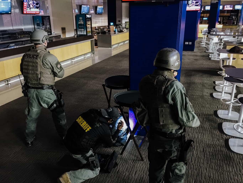 swat-response-to-a-public-venue-4