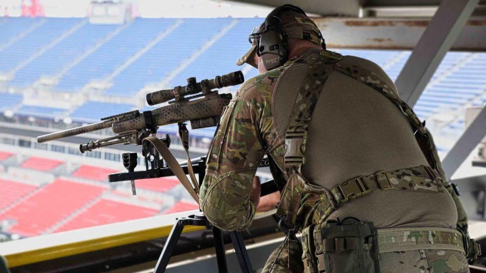 police sniper response to a public venue